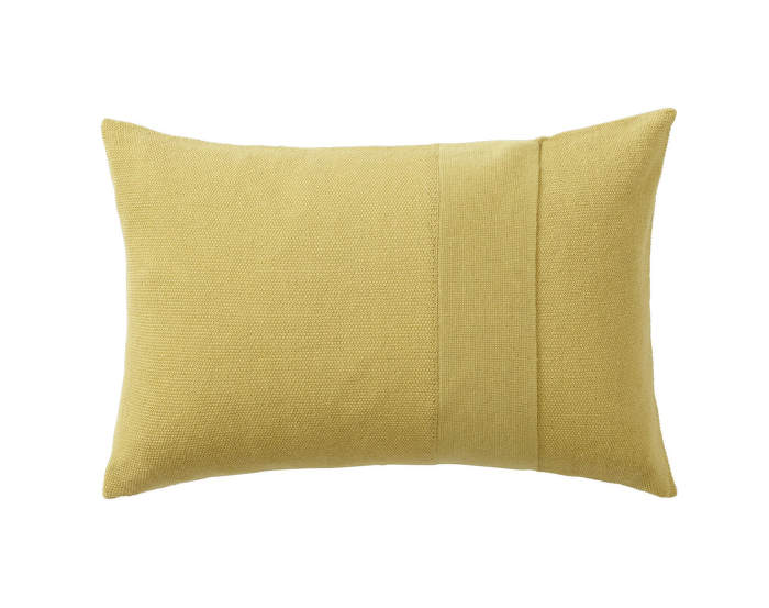Layer-Cushion-40x60-yellow
