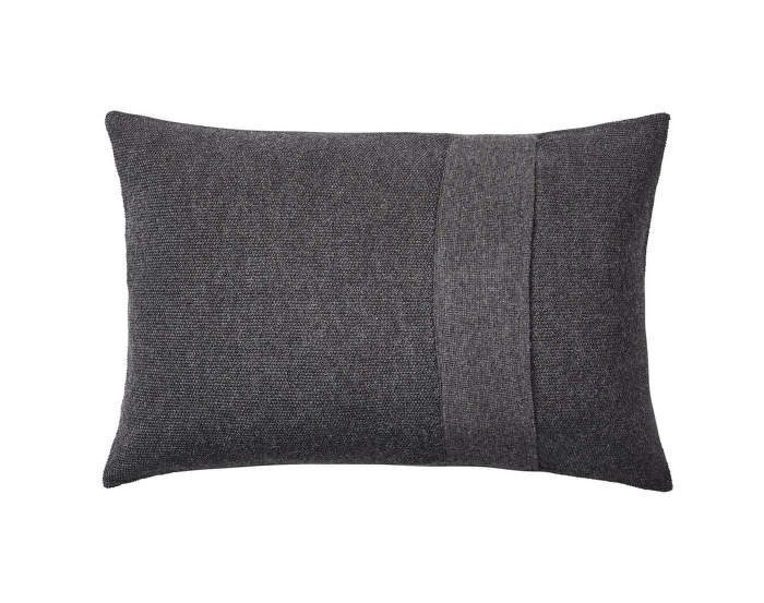Layer-Cushion-40x60-dark-grey