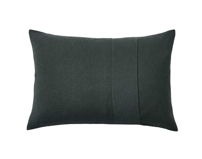 Layer-Cushion-40x60-dark-green