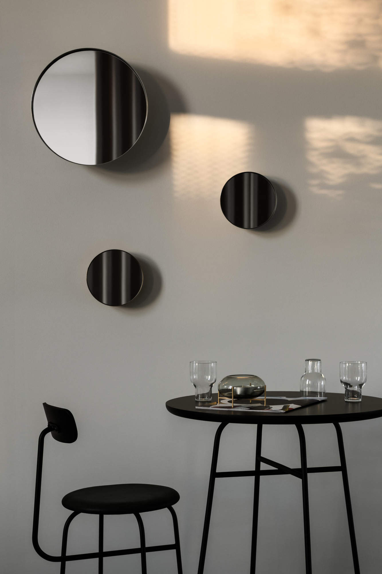 MENU_Afteroom-Bar-Chair_Afteroom-Bar-Table_Darkly-Mirror_Échasse-Hurricane