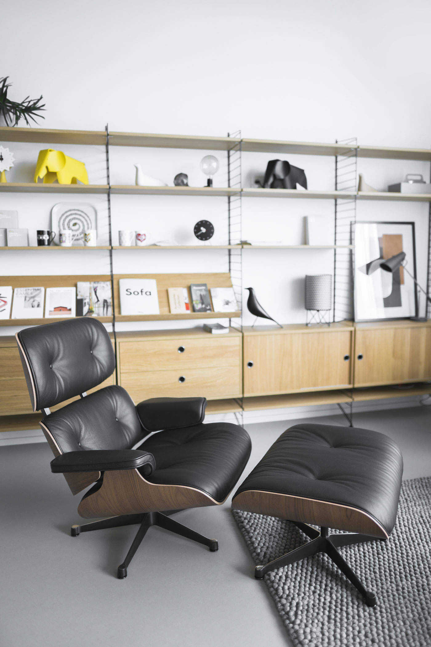Eames Lounge Chair na DesignVille